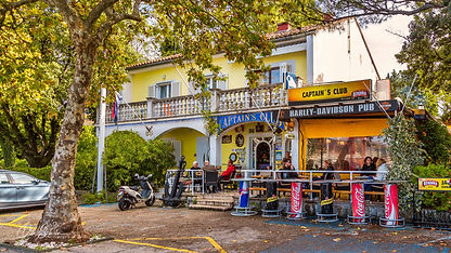 Hafenamt  & Captain´s Club Café