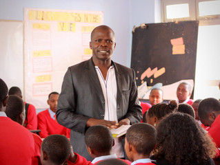 Aaron Speaks to 250 Students in Tanzania.