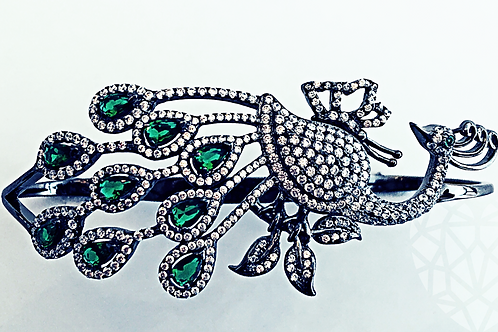 The Peacock Palm Cuff