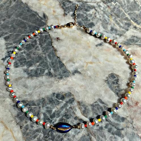 Viki Natural Pearl Shell Necklace