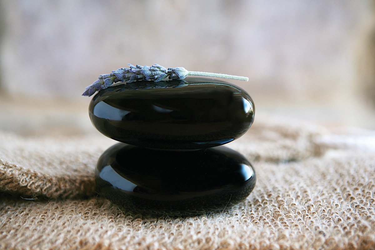 Hot Molton Stone Massage