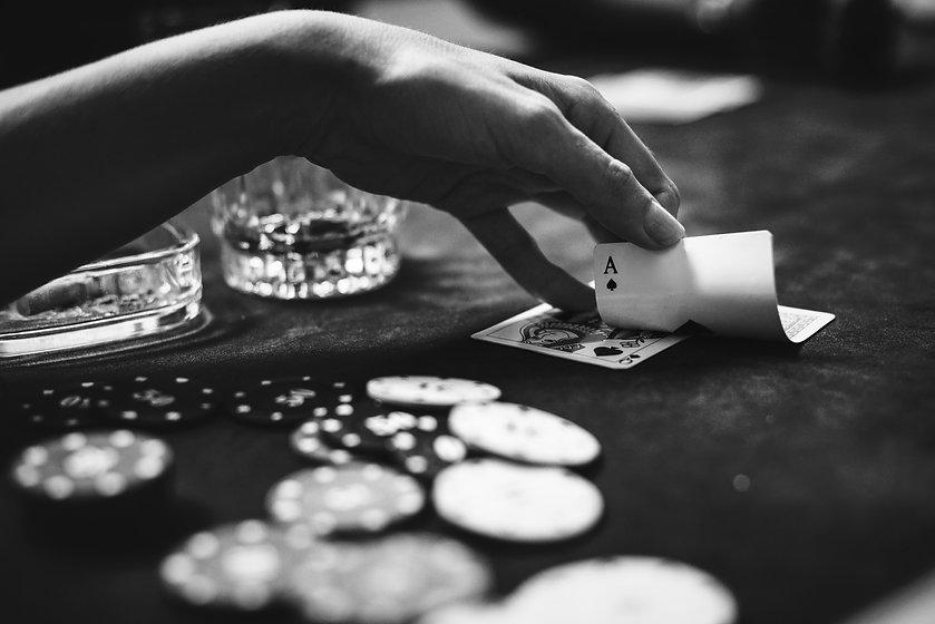 diverse-adults-gambling-shoot-U6RTYJ3 (1