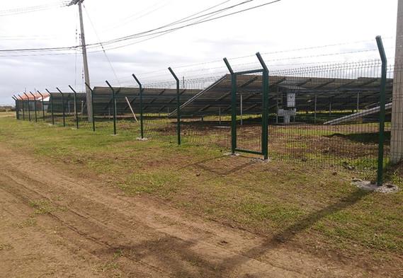 Parque fotovoltaico-2-min.jpg