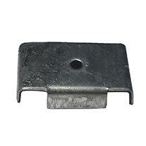Fijación rectangular para remache galvanizada