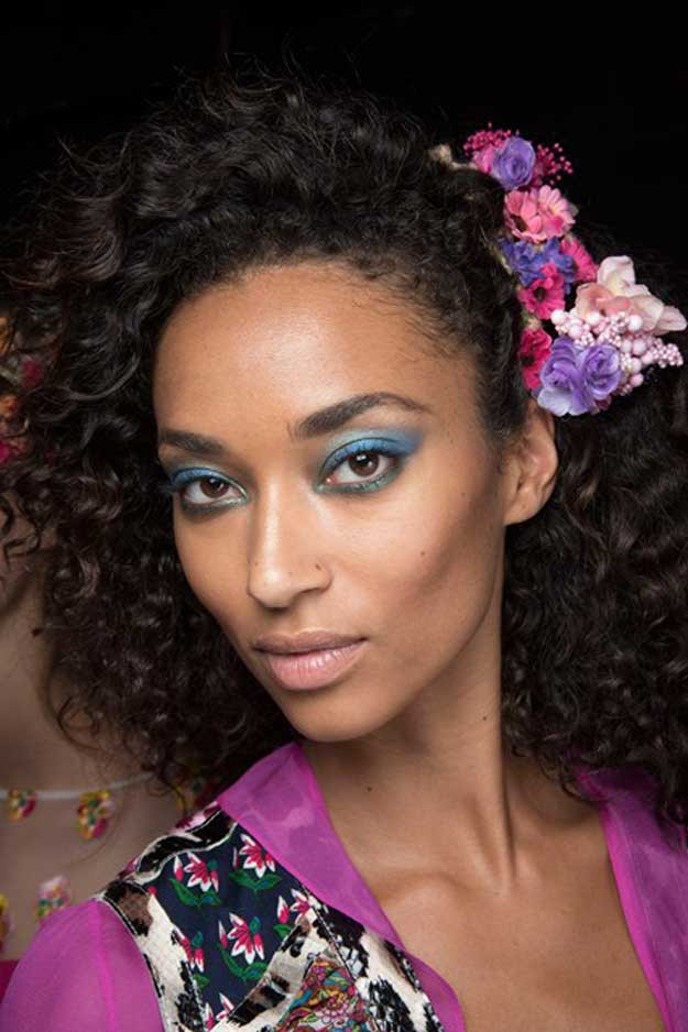 DVF Spring/Summer 2016 (Shop products to get your hair curly)