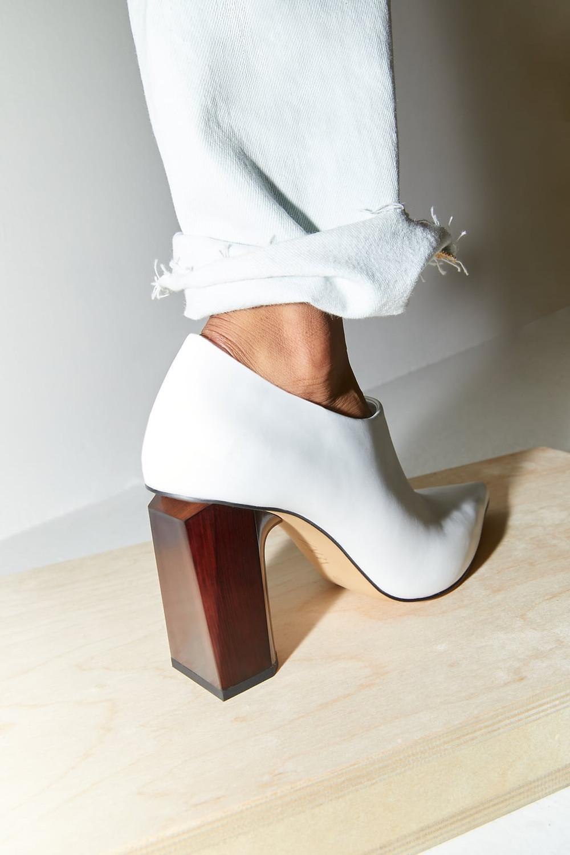 Zara Geometric Heeled Leather Shoes $99.90