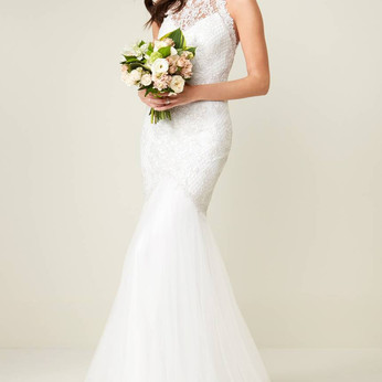 A look at some everyday bridal/wedding gowns & the not so usual bridal/wedding looks that are al