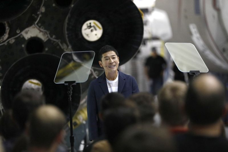 Musk Names Japanese Billionaire for Around-the-Moon Space Trip - Read More from Bloomberg News