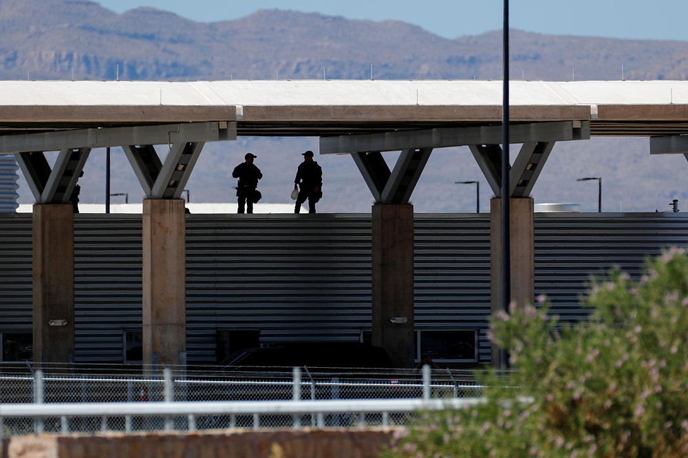 U.S. says 463 migrant parents may have been deported without kids - Read More from Reuters