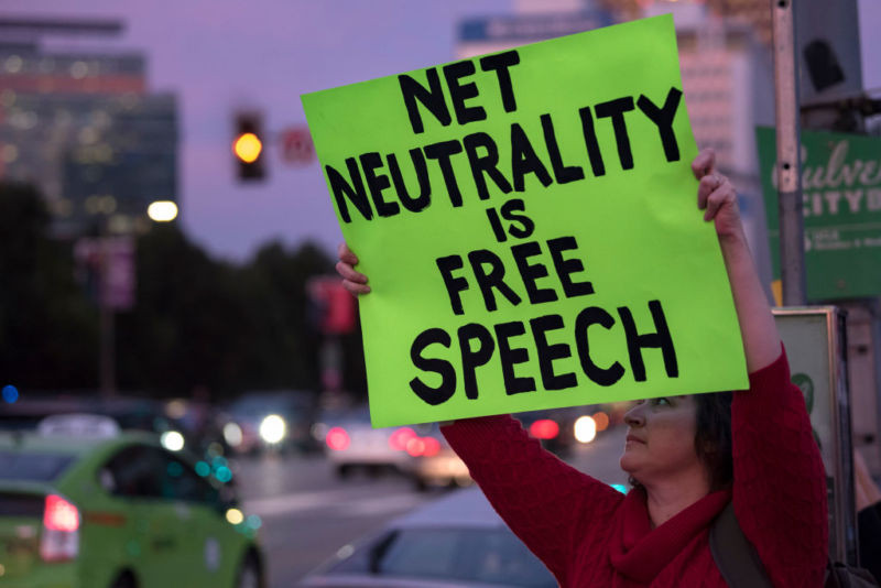 California gov. signs nation's strictest net neutrality rules into law - Read More from Ars Technica