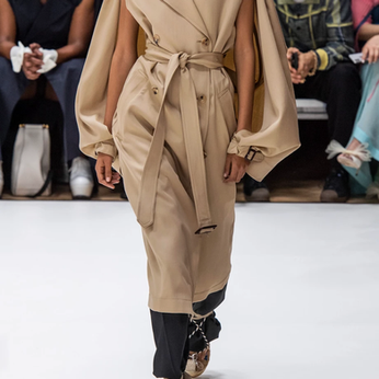 A Look At Some Trench Coats For The Spring/Summer Season