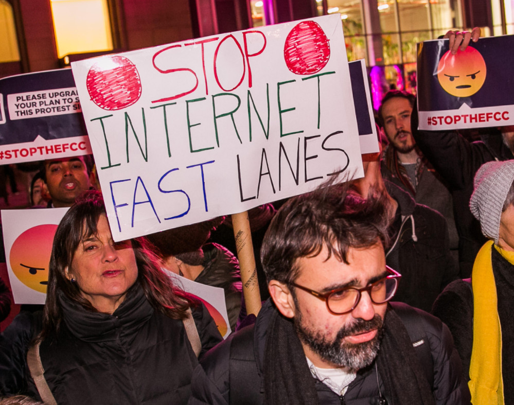 California's 'gold standard' net neutrality bill clears key hurdle - Read More from CNET