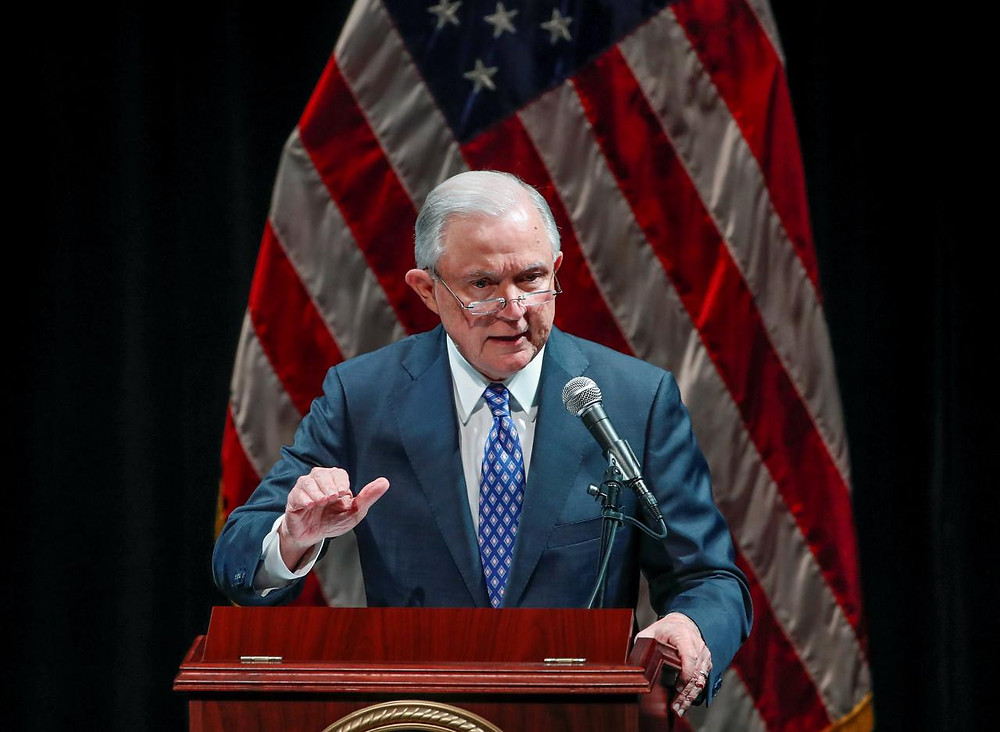 Sessions limits U.S. judges' ability to dismiss deportation cases - Read More from Reuters