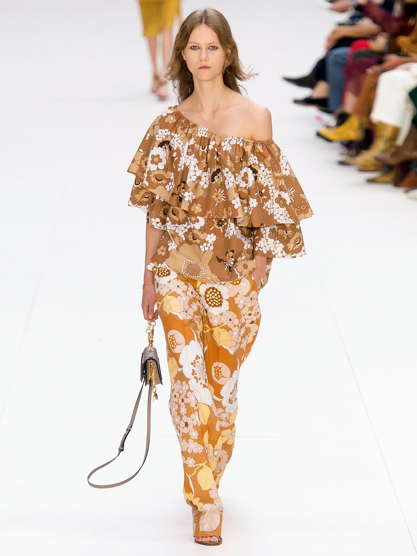 Chloe  One-shoulder floral-print top $825