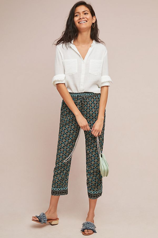 Only the trousers, sandals and bag are on sale - But below are the links for the entire look