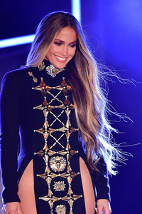 Jennifer Lopez sporting the bright blonde highlights -- to get similar look try L'ORÉAL  Frost & Design Kit $12.99