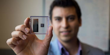 Credit card-size device could slash the price of ultrasound sensors - Read More from Digital Trends