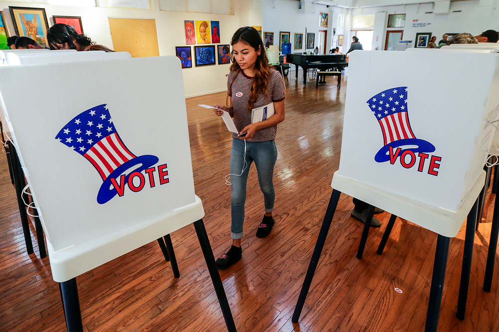 Senate bill would help guard against election hacks - Read More from Engadget