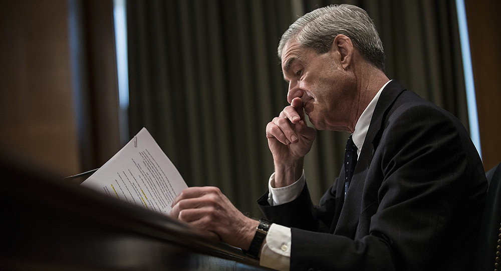 Mueller seeks immunity for five witnesses against Manafort - Read More from Politico