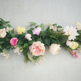 How To Guide For: The Latest Wedding Flower Arrangements & Styles