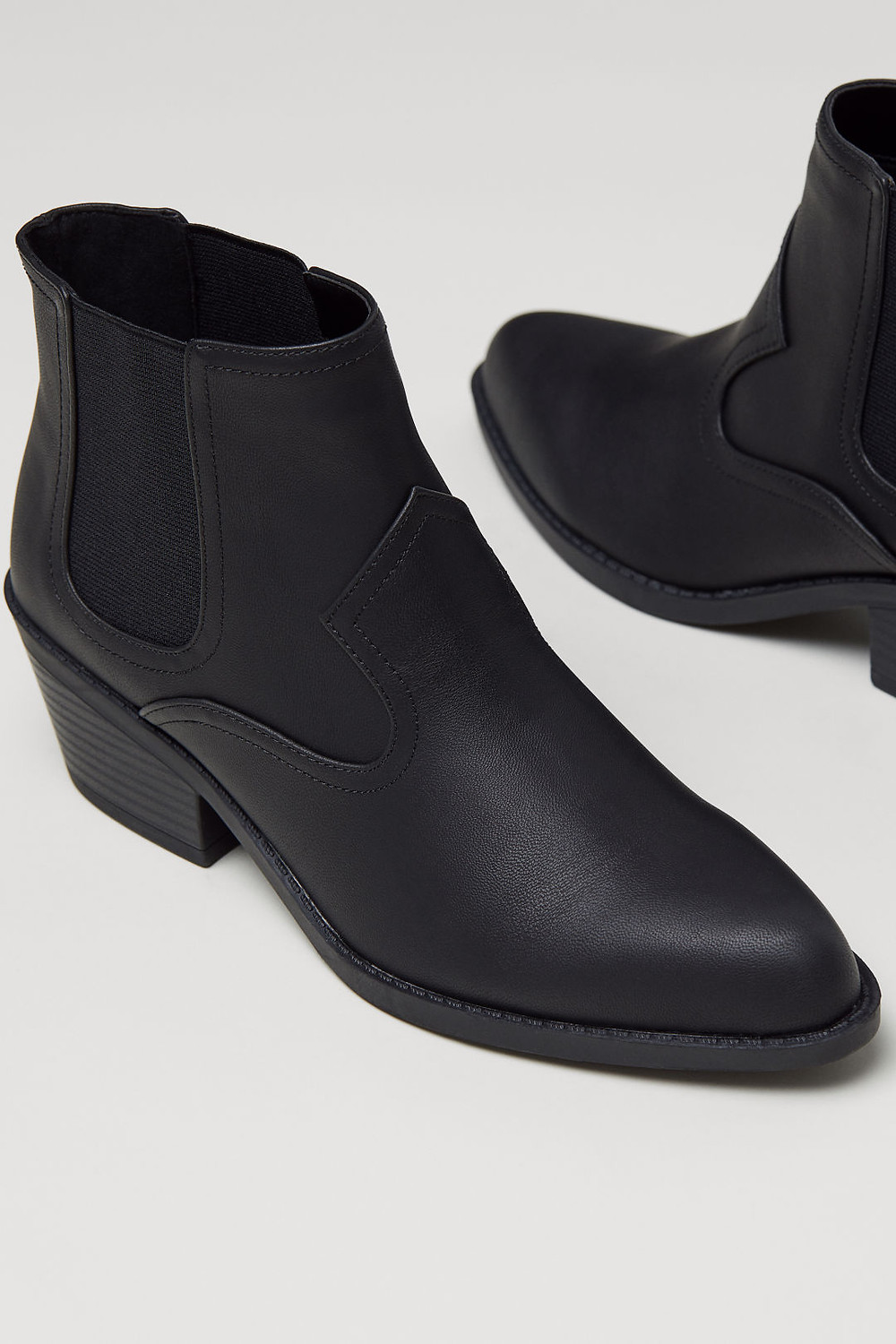 H&M Pointed Chelsea Boots $34.99