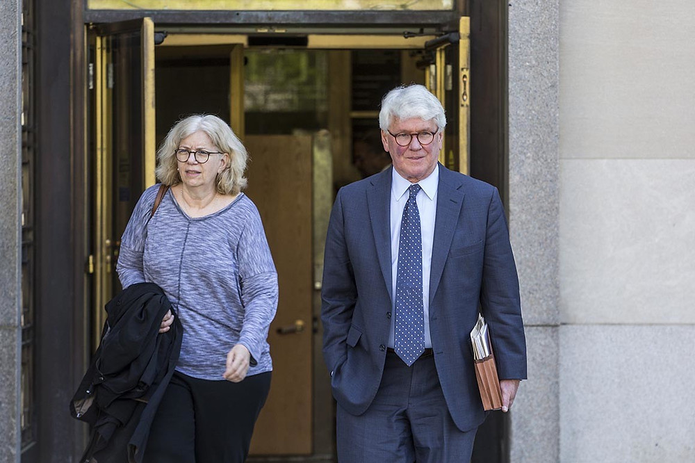 Jurors at Greg Craig trial see invoice he backdated for Manafort - Read More from Politico