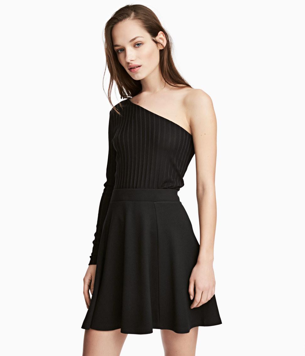 H&M One-Shoulder Top $17.99