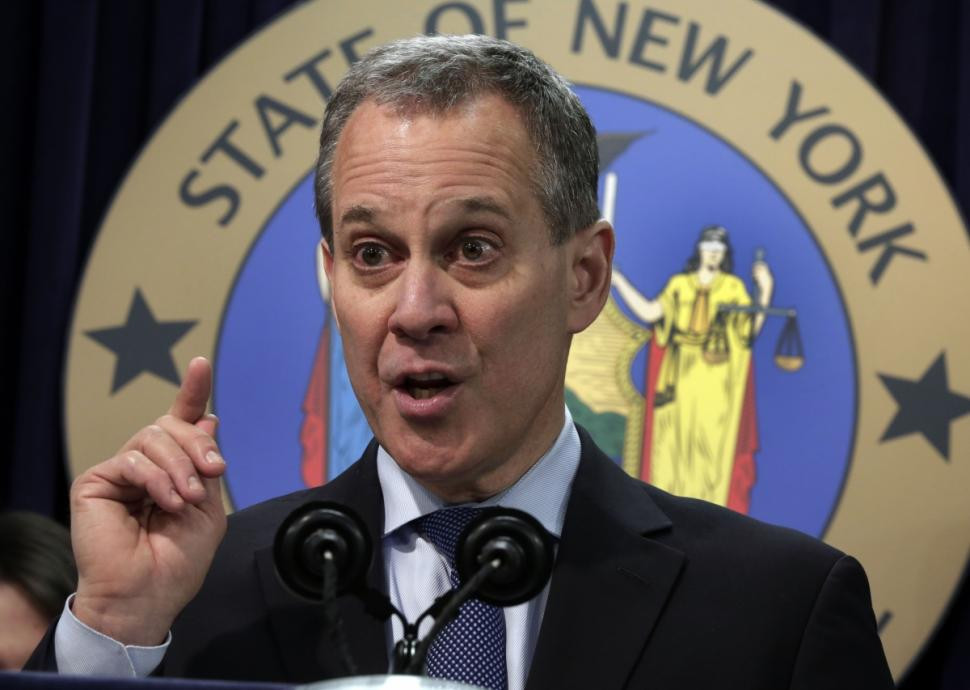 A.G. Schneiderman Leads 11 Attorneys General Opposing Trump Dept. Of Labor Program To Offer Amnesty To Labor Law Violators - Read More from A.G. Schneiderman's office