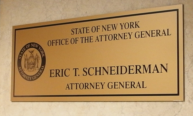 New York AG Eric Schneiderman And Acting Brooklyn DA Eric Gonzalez Call For ICE To End Immigration Enforcement Raids In State Courts - Read More from A.G. Schneiderman's office