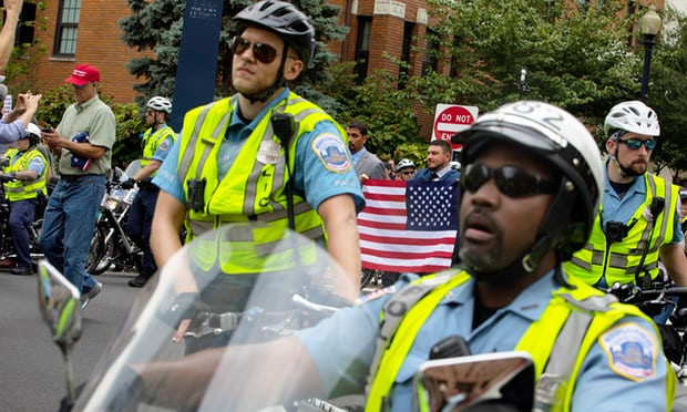 'Hell no': counterprotesters outnumber white supremacists at White House rally - Read More from The Guardian
