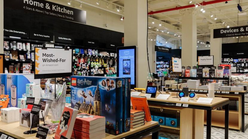 Amazon unveils yet another store concept: Amazon 4-star - Read More from CNET