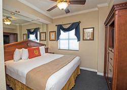WGPalace_Two_Bedroom_Master_Bedroom_a