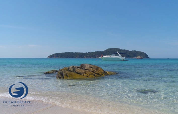 Hiring a Private Yacht Charter in Pattaya to visit the most beautiful island in Pattaya.