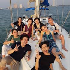customer on pattaya sail yacht front dec