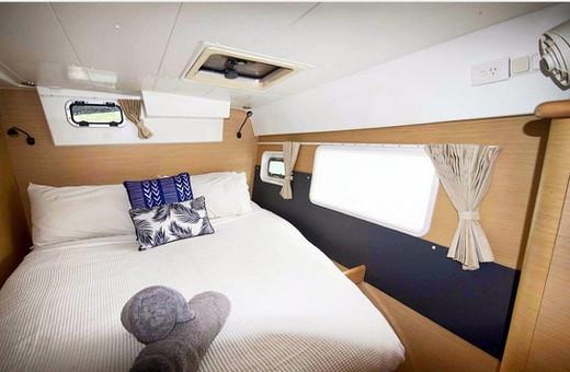 lagoon-420-rental-catamaran.jpg