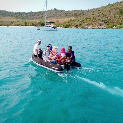 Yacht Charter pattaya dingy ride.jpg