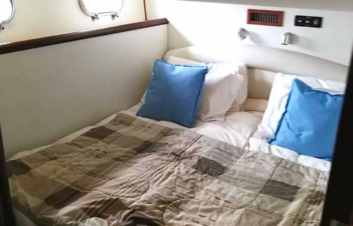 alida bedroom 2.jpg