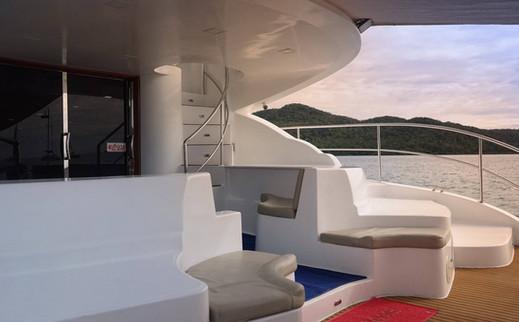 MC750 rear deck.jpg