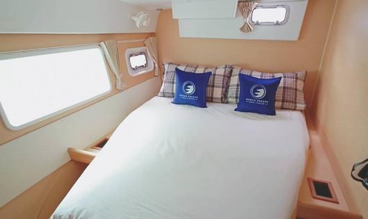 SC421 bedroom.jpg