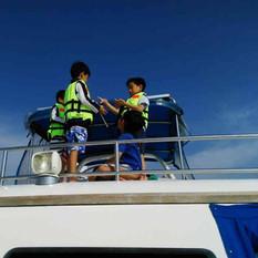 children on yacht pattaya.jpg