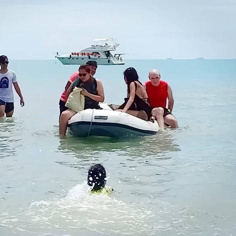 dingy at sai keaw beach.jpg