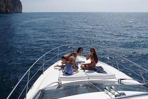 Sunseeker-charter-in-Phuket.jpg