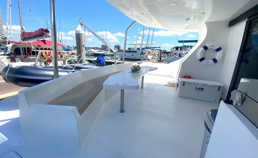 MC520 rear deck2 copy.jpg