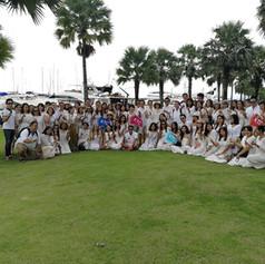 customer group photo at ocean marina pat