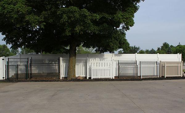 Fences: Chain Link, Decorative Aluminum, PVC (Vinyl), Wood, Ornamental Steel