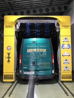 Herzog Bus