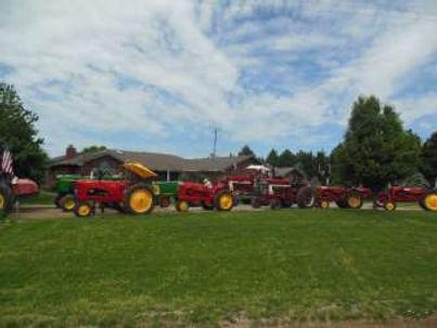2014 Tractors Day 3.jpg
