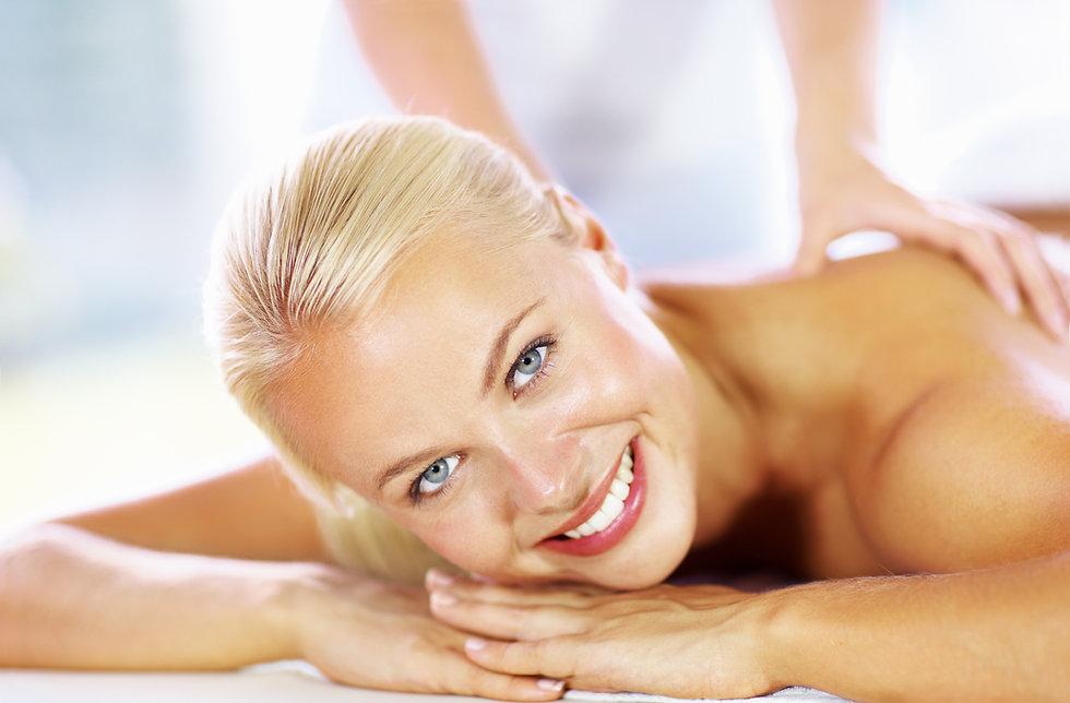 MassageSpace - Massage, face woman, clos