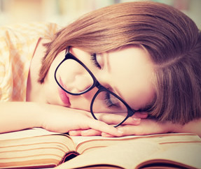 Dormir bem depois dos estudos pode ajudar no aprendizado