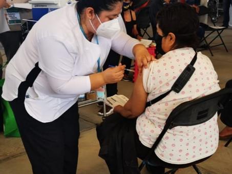 Vacunación contra COVID-19 avanza a mayor velocidad
